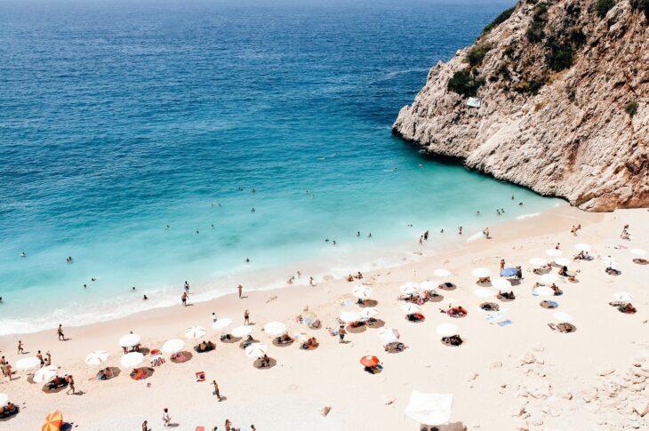 Пляж в Анталье, Турция